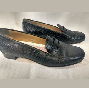 Size 7 BROOKS BROTHERS Black Loafers      BP